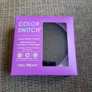 🛍 Vera Mona Color Switch instant brush cleaner
